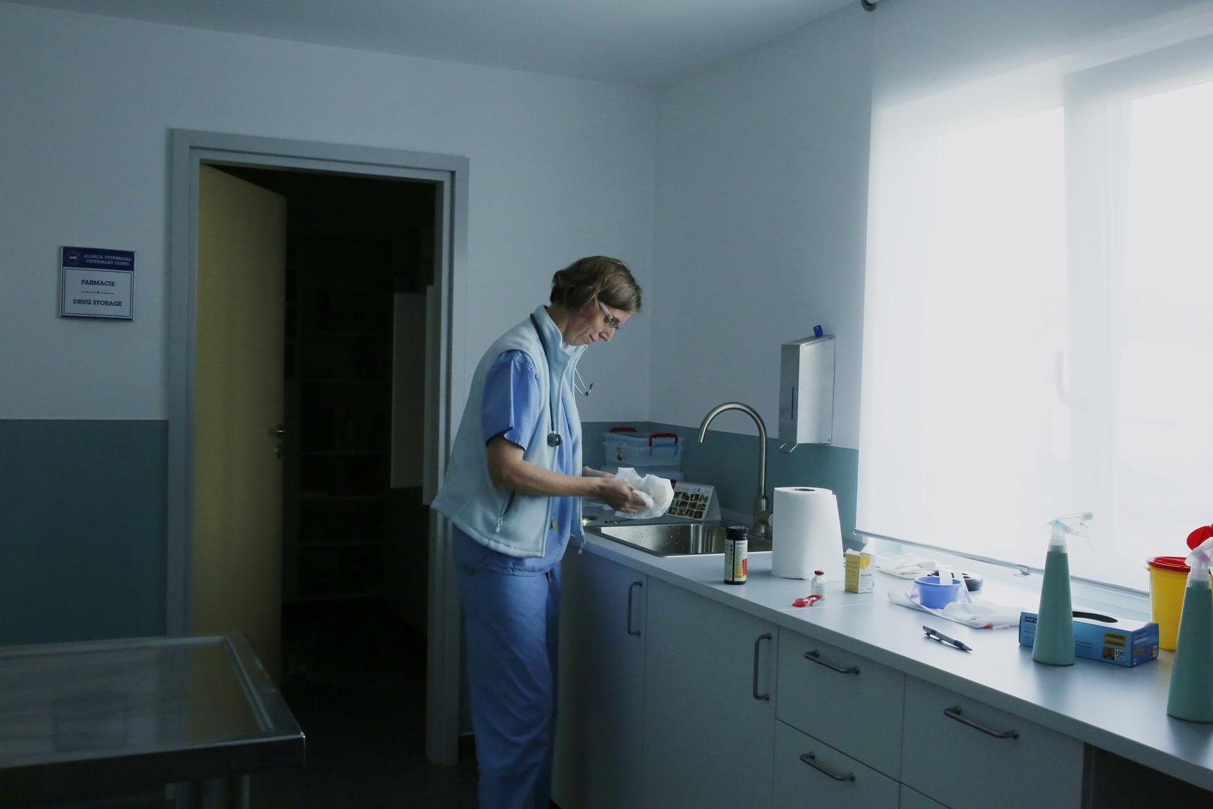 Dr. Miet Van Dijck